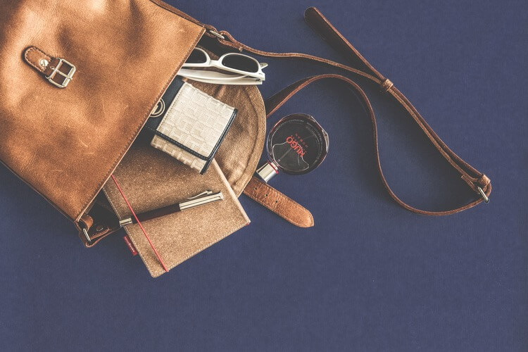 Purse with wallet